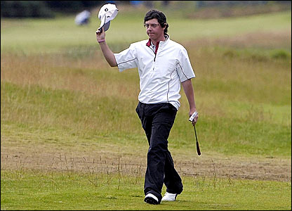 Northern Ireland's Rory McIlroy acknowledges the crowd on the 18th