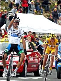 Alberto Contador celebrates victory