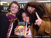 Potter fans buy the book in Waterstone's