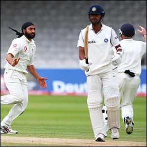 Monty Panesar dismisses RP Singh