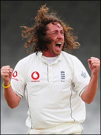 Ryan Sidebottom swung the ball repeatedly to trouble the Indians