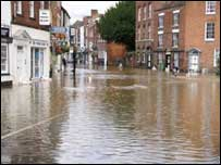 View of the centre of Tewkesbury during the floods: Pic Lesley O'Brien