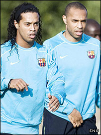 Ronaldinho (left) and Barcelona team-mate Thierry Henry
