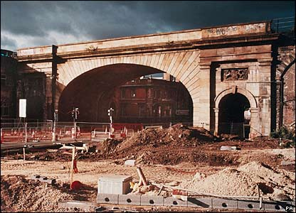 Wicker Arch and adjoining viaduct, Sheffield