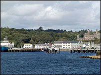 Stornoway (Pic by Undiscovered Scotland)