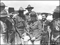 Baden-Powell greets scouts in the 1920s