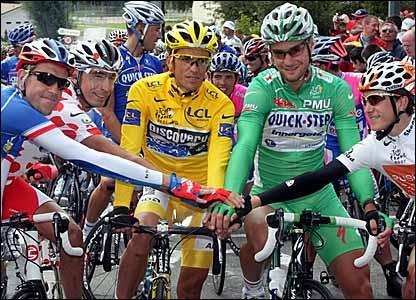 (l-r) France's national champion Christophe Moreau, Colombia's Mauricio Soler, Spain's Alberto Contador, Belgium's Tom Boonen and Spain's Amets Txurruka