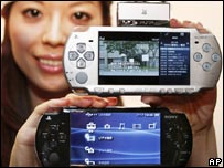 Model showing new Sony PlayStation Portable PSP-2000