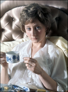 Gemma Jones as Anna Firth in The Lie