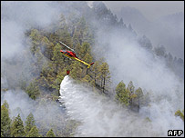 Firefighting helicopter on Canaries