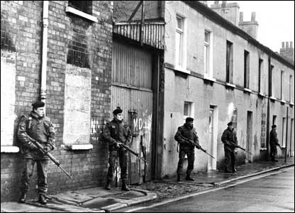 Soldiers on a street in Belfast