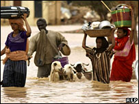 People affected by floods near Khartoum in Sudan