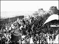 Cientos de musulmanes dejan India con destino a Pakistán
