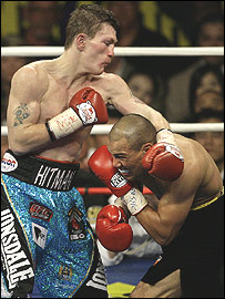 Ricky Hatton (left) and Jose Luis Castillo