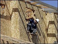 Obrero de construcci�n de vivienda en Estados Unidos.