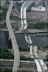 Collapsed I-35W bridge in Minneapolis