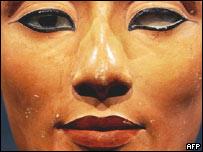 El busto de Nefertiti.