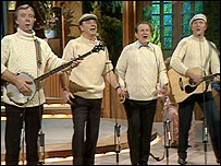 Clancy Brothers and Tommy Makem on stage