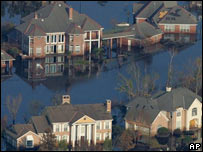 Flooded houses in New Orleans in 2005