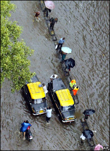 Flooded road in Mumbai, India (03/08/07)