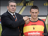 Ian McCall welcomes Stephen Connor to Firhill