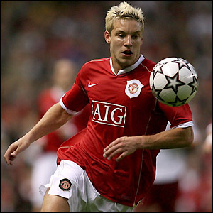 Alan Smith joins Sam Allardyce's team