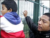 Inmigrantes ecuatorianos (archivo junio 2007)