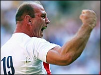 Lawrence Dallaglio celebrates scoriung one of England's nine tries