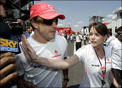 Alonso is the centre of attention in Hungary