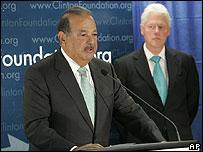 Carlos Slim y Bill Clinton