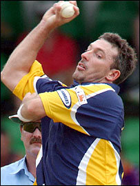 Former Australia fast bowler Damien Fleming in action