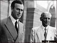 Lord Mountbatten y M.A.Jinnah, fundador de Pakistán.