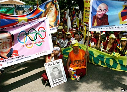 Tibetan protesters in Delhi, India