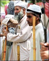 Manisfestaciones en la Mezquita Roja