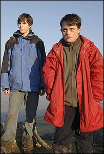David and Ben played by Nicholas Hoult (l) and Tommy Jessop