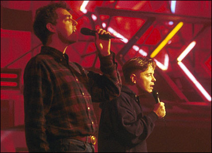 Neil Tennant and Bernard Sumner in 1989