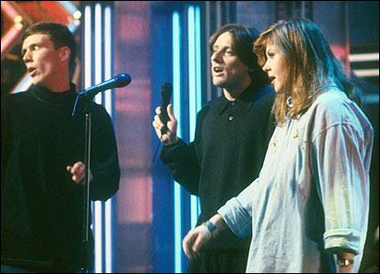 The Happy Mondays with Kirsty MacColl in 1989