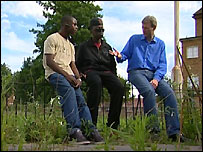 Jeremy talking to Abiola (left) and MacCarthy (middle)