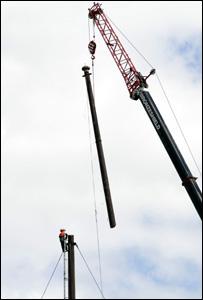 Kew Flagpole being dismantled
