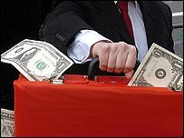 Un maletín lleno de dinero. Foto genérica.