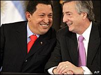 Venezuela's President Hugo Chavez and Argentine President Nestor Kirchner