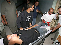 Wounded Palestinian man in Khan Younis hospital - 14/08/2007