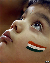 Indian child with India flag