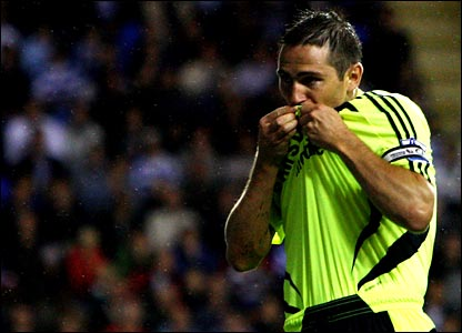 Frank Lampard celebrates Chelsea's equaliser