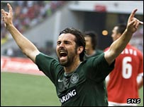 Paul Hartley celebrates in Moscow