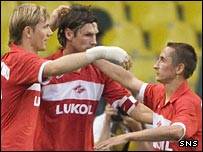Roman Pavlyuchenko celebrates with his Spartak team-mates