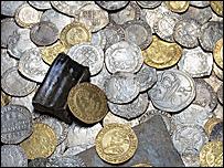 The Tregwynt hoard coins (Photo courtesy of Amgueddfa Cymru - National Museum Wales)