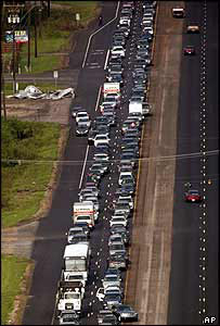 Traffic queues in Hurricane Katrina aftermath