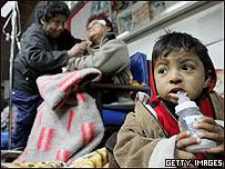 Damnificados en el sismo de Perú