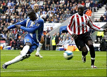 Emile Heskey scores for Wigan